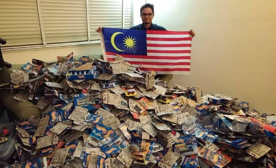 MUHAMMAD Amsyar mahu menjual lebih 20,000 koleksi kereta mainan Hot Wheels miliknya untuk melangsaikan hutang.