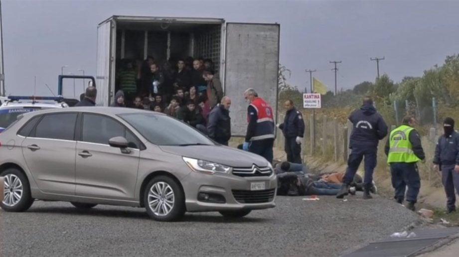 POLIS menahan trak itu berhenti di lebuh raya berhampiran bandar utara Xanthi untuk pemeriksaan rutin.