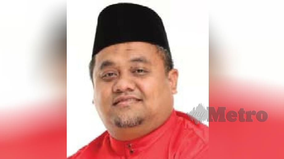 MOHD Zaidi diumum sebagai calon BN bagi PRK Dun Slim. FOTO Rosman Shamsudin